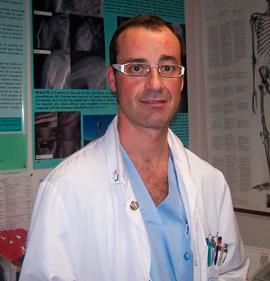 Dr. Homero Valencia