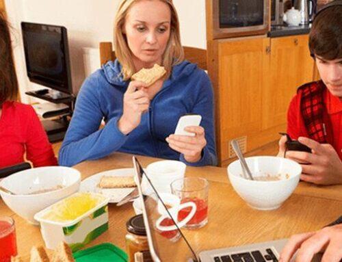 El móvil puede afectar a tu alimentación